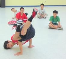 青少年初級霹靂舞
